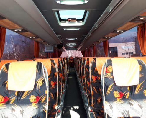 Autobus-Turismo-Mercedes-HD-interni-anteriore