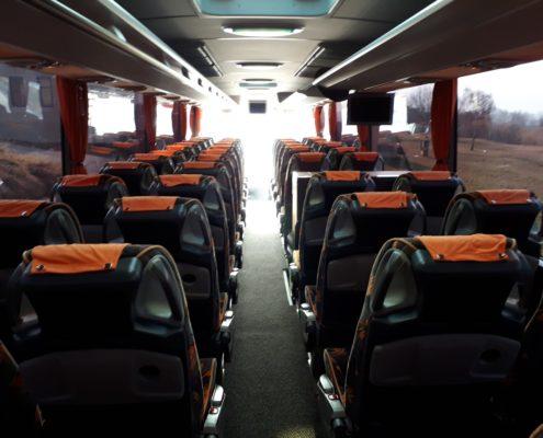 Foto di interni del bus turismo noleggio 53 posti + 1 +1