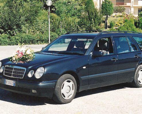 Noleggio Auto con Autista Treviso Mercedes 210 K SW